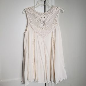 Entro Lace Tunic Top
